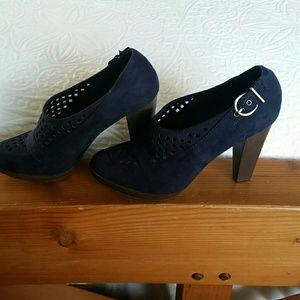 Lelarose heels